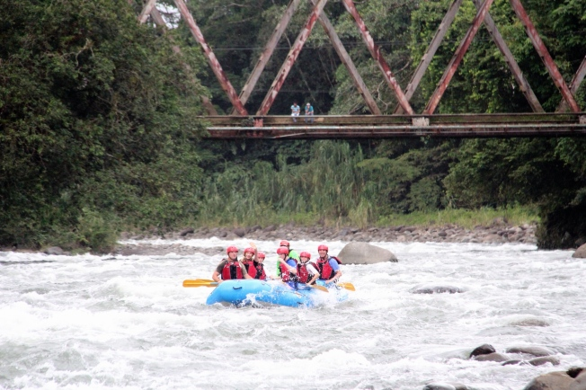 Whte Water Rafting